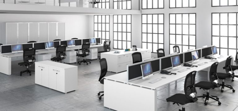 Call-centre-desks-with-front-screen-panel-and-pedestal