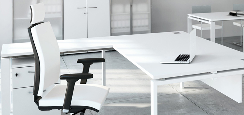 Executive office seating in black and white accent