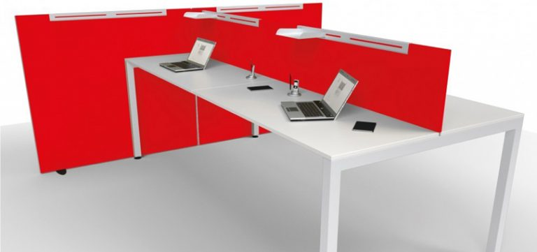 Freestanding-Screens-red-freestanding-beside-a-jumpdesk
