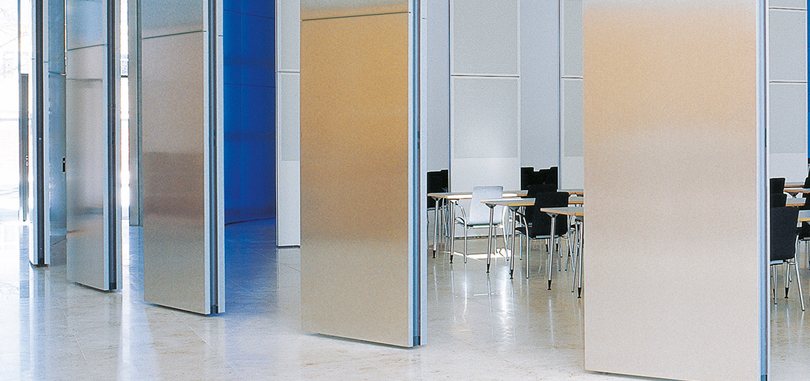 Office sliding partitions mirrored
