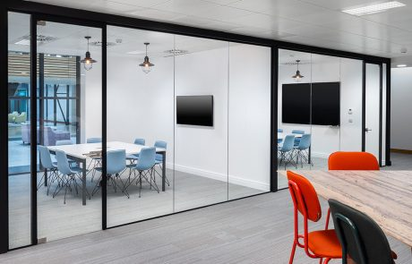 Social-Talent-Office-Layout-Meeting-Rooms-with-Gaber-Alhambra-Chair-and-White-Meeting-Table