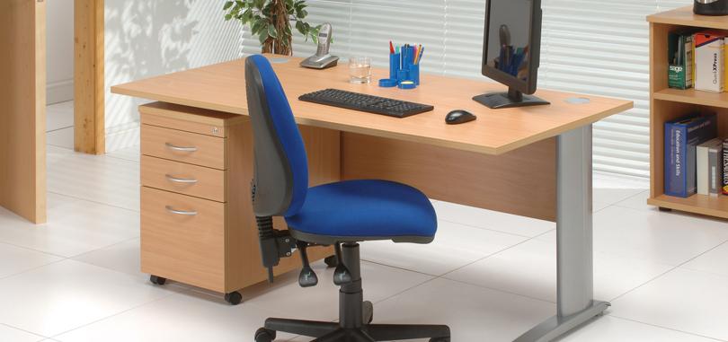 Budget office desk with pedestal