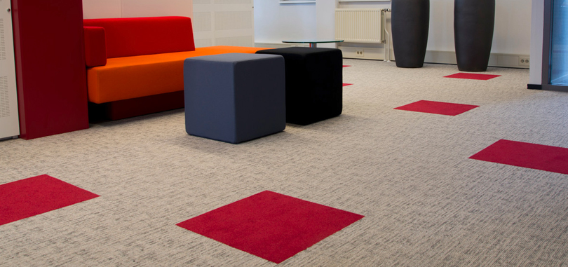 Carpet Tiles in beige and red