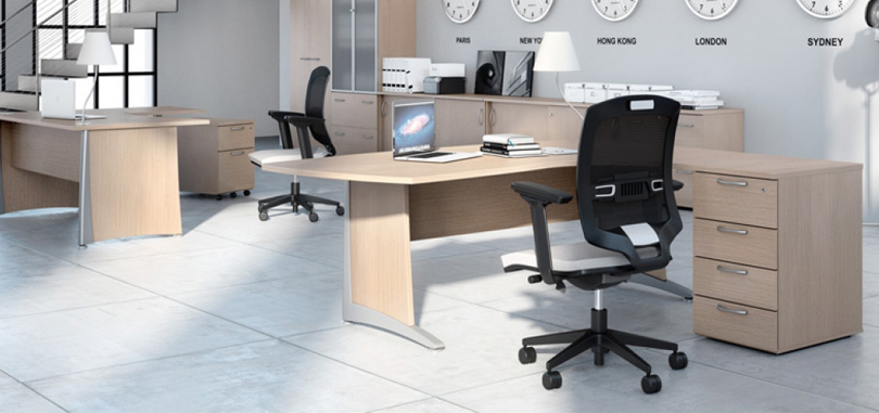 Ergonomic Office Seating task chair with mesh back