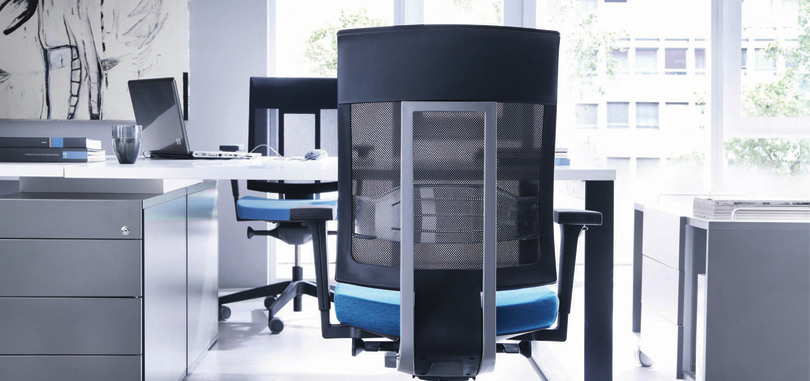 Ergonomic Office Seating with mesh back and metal support