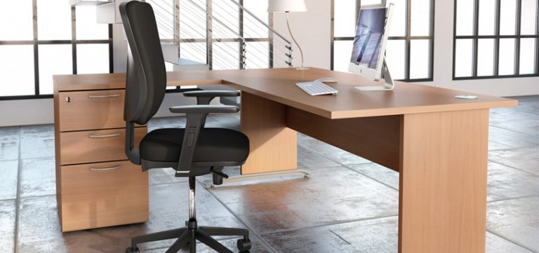 task-office-chairs-in-black-with-soft-cushion
